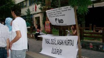 Kadınlar, KESK üyesi tutsak kadınlar için yürüdü