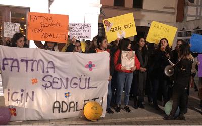 """""""Katledilen kadınlar isyanımızdır"""""""